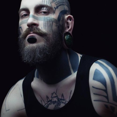 Morgan Dubois / Photographer Julie Marie Gene Gobelin More Tattoo here.