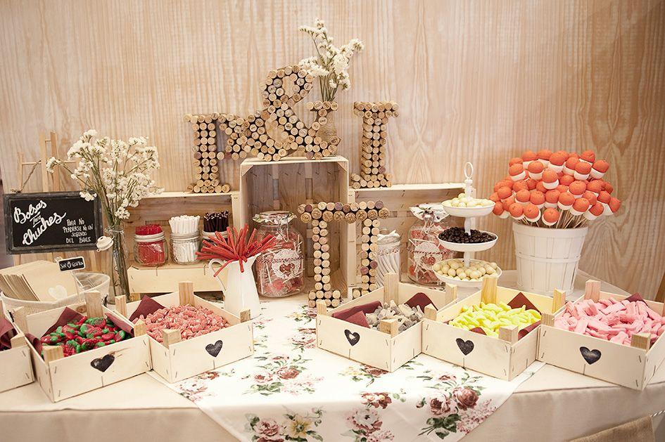 Candy bar para bodas comuniones bautizos mesas de - Mesas decoradas para fiestas ...