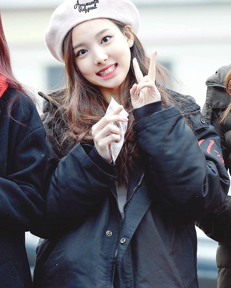 <160109> Nayeon @ Music Core Mini Fanmeet never put away the smile on your face ©cherrycokk - #TWICE #twicetagram #트와이스#nayeon #imnayeon #twicenayeon #임나연 #나연 @twicetagram