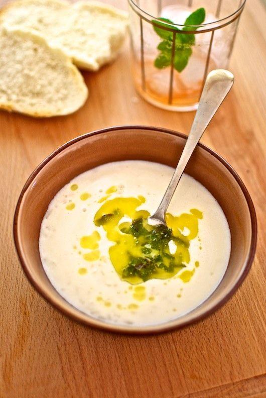 Sopa de pollo y yogurt receta de Turqua con Thermomix