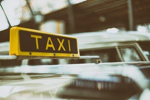 New Am fr hen Samstagmorgen kam es gegen Uhr zu einem r uberischen Angriff auf einen Taxifahrer in
