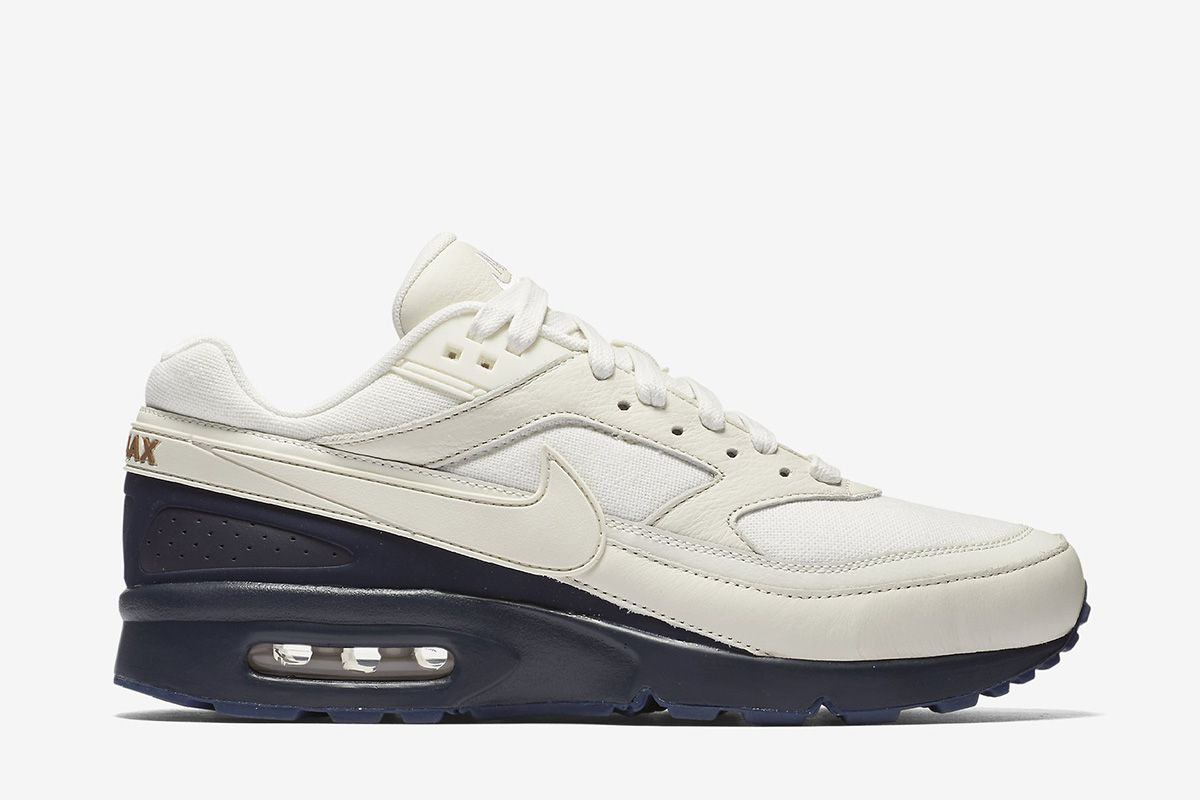 info for 6eb4c bb0fe Nike Air Max BW Premium Mens Shoe SailMidnight NavyAle BrownSail