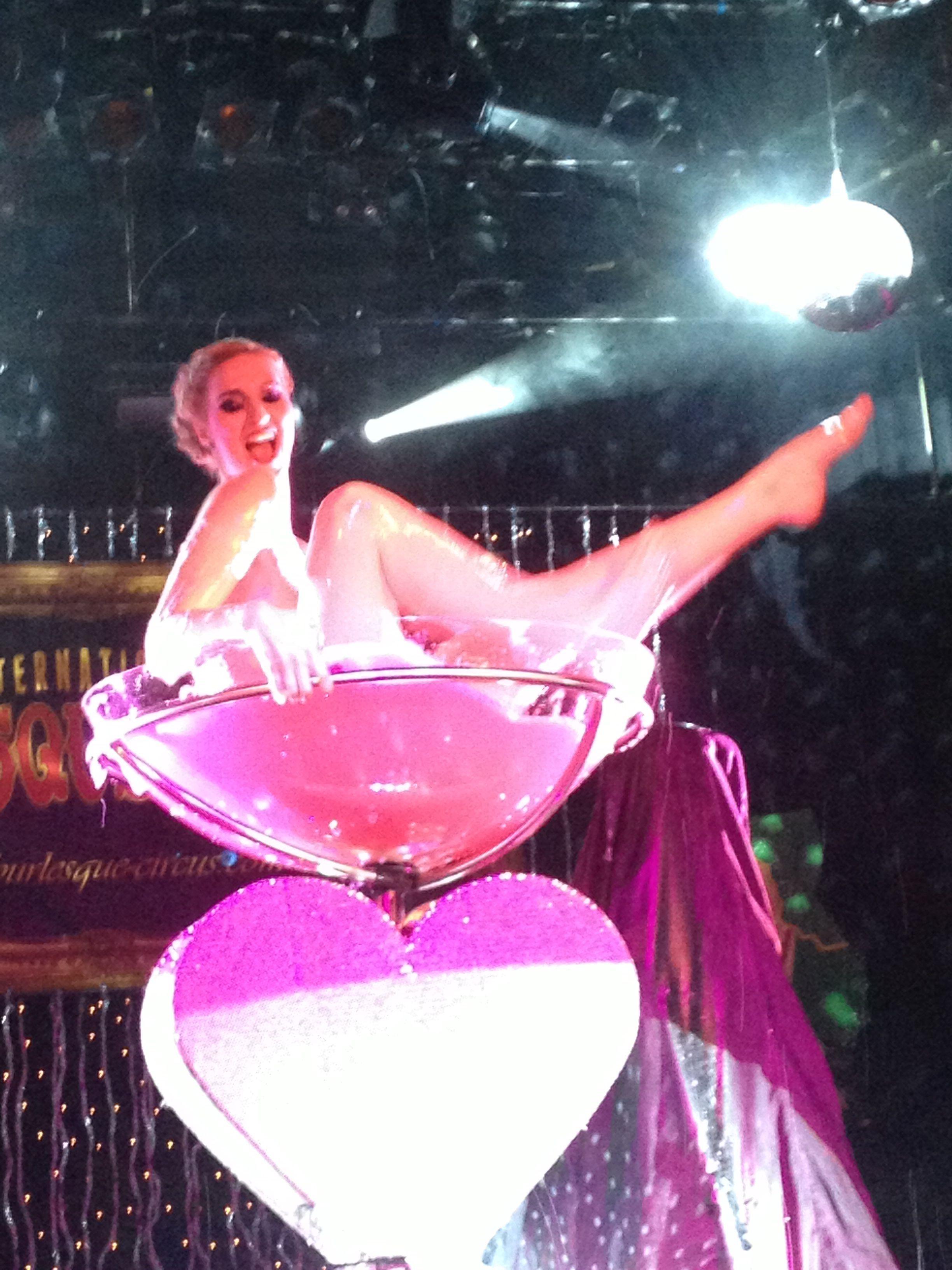 Burlesque circus Tivoli