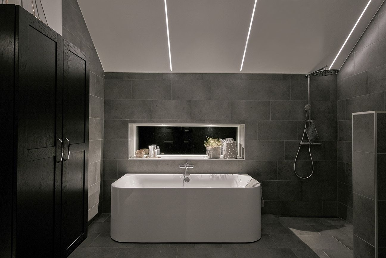 10 Awesome Bathroom Lighting Ideas To Complement Your Spa Smart Creative Bathroom Light Bathroom Lighting Bathroom Light Fixtures Bathroom Lighting Design