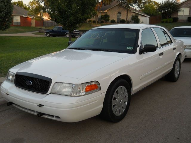 Vehicle Photo 2005 Ford Crown Victoria Police Interceptor Victoria Police Car Dealer Police Cars