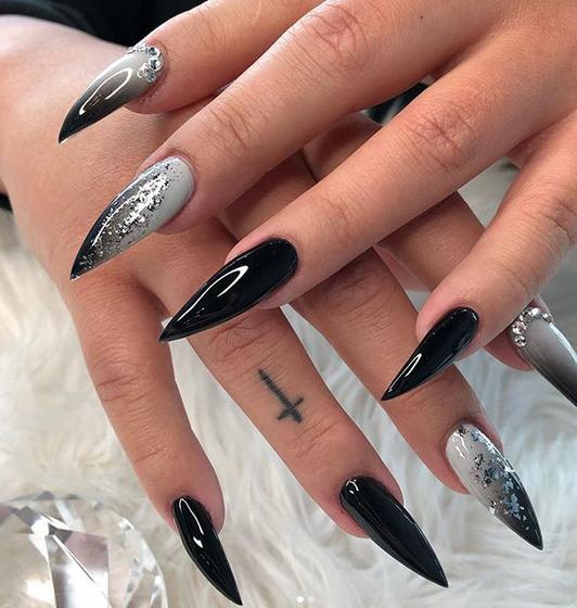 Nail Shapes Chart Fashion Popularnailshapes Goth Nails Stiletto Nail Art Long Stiletto Nails