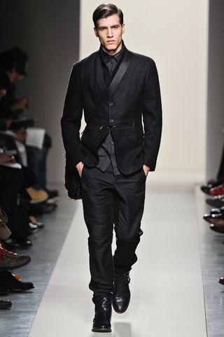 Gothic fashion show men dresses