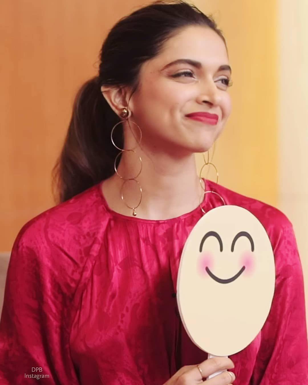 Why Soo Cute Yaa Deepika Padukone Dresses Deepika Padukone Style Dipika Padukone