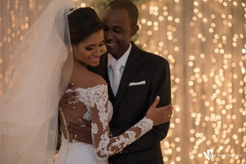 Casamento clássico com toque moderno e a felicidade de nossos amigos Carol e Julio - Blog Paulo Villas Boas