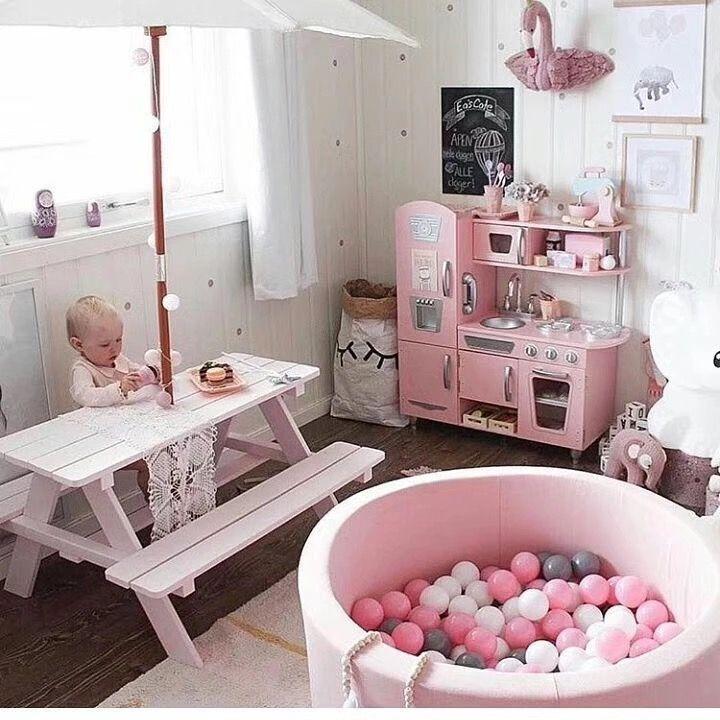 Pin de sofia buit en bebes habitaci n sencilla for Decoracion sencilla habitacion nina