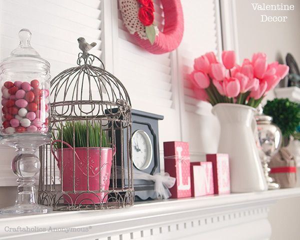 Seriously Love This Gorgeous Valentineu0027s Day Mantel!