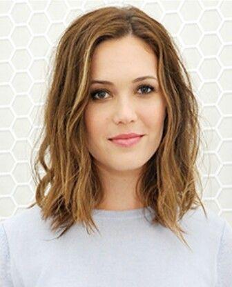 Pin Von Mary Cseatinez Auf Hair Love Frisuren Haarschnitte Haare Schulterlange Haare Frisuren