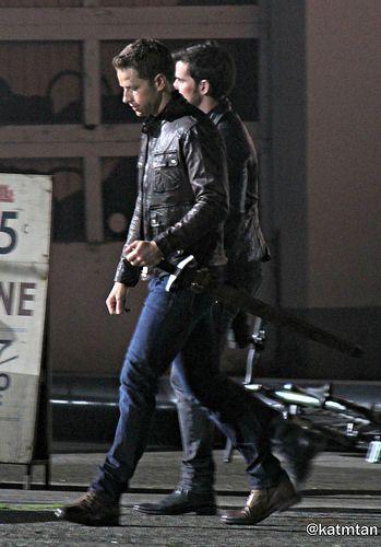 "Colin O'Donoghue and Josh Dallas - Behind the scenes - 6 * 1 ""The Savior"" - 13th July 2016"
