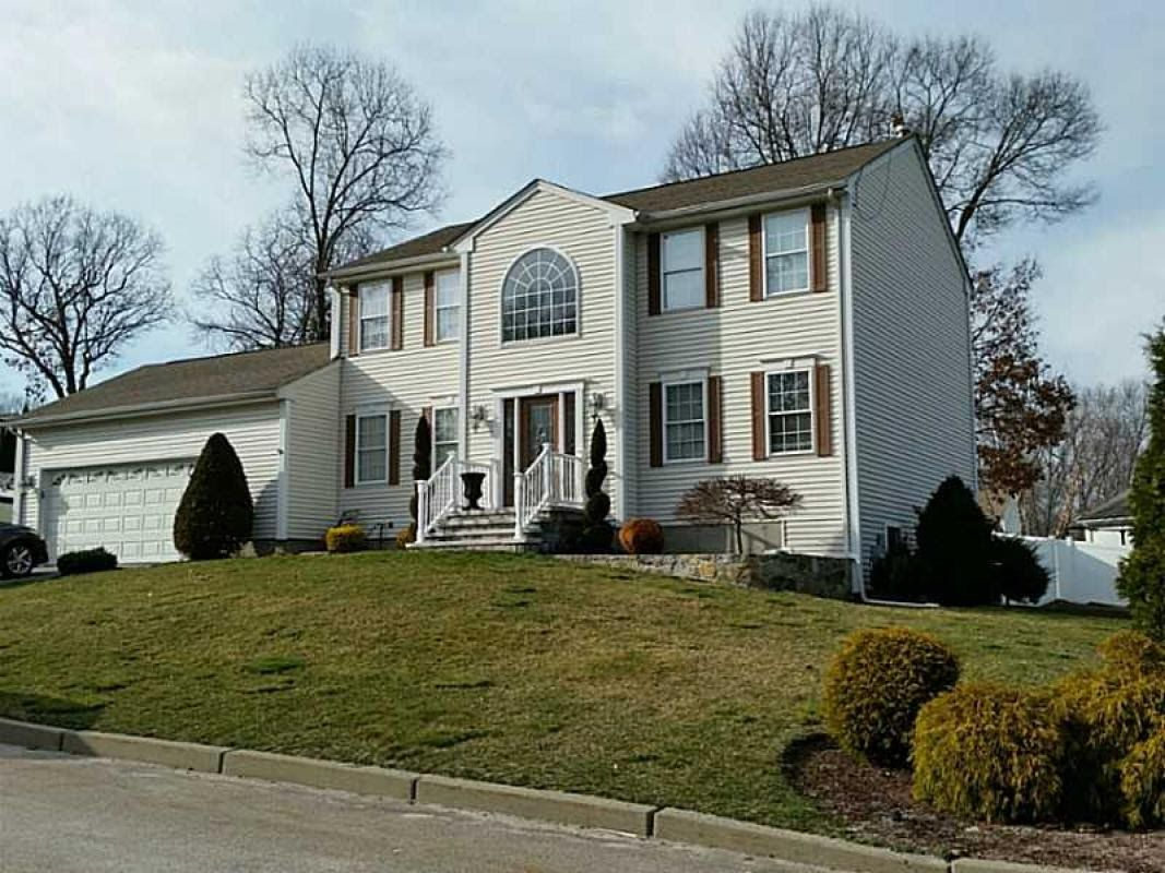 homes for sale warwick grove ny