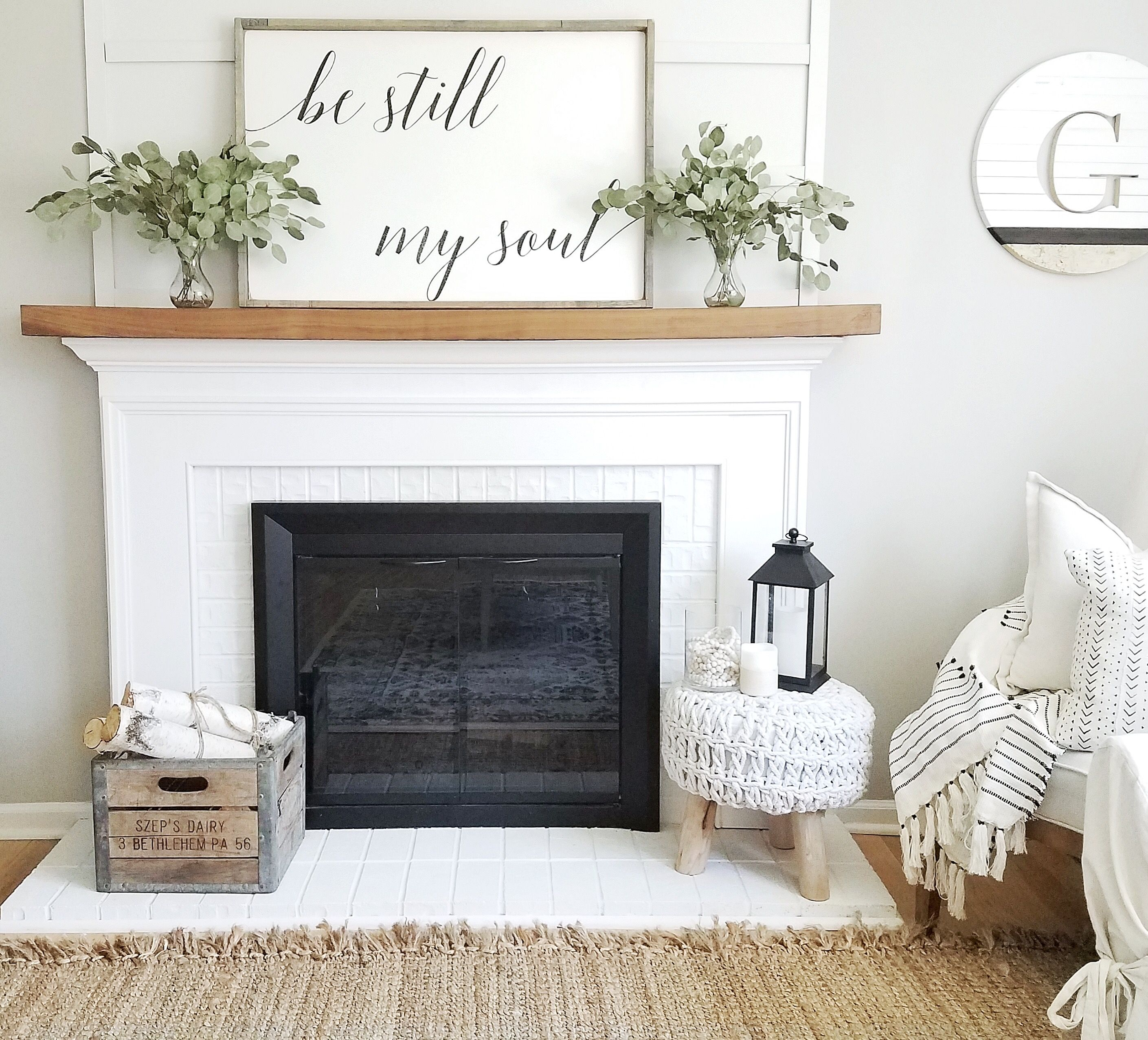 modern farmhouse decor living room decor ideas floating wood mantle be still my soul. Black Bedroom Furniture Sets. Home Design Ideas