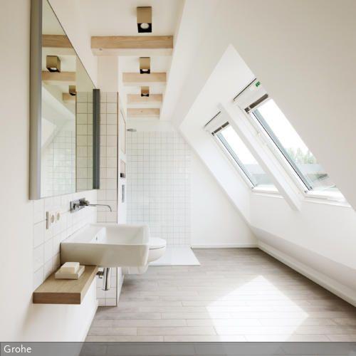 Fenster Dachschräge eine angenehm warme dusche mit ausblick nach draußen läutet einen