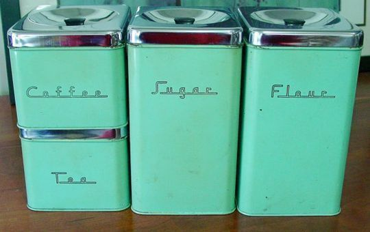 5 Canisters For Small Space Organizing Retro Kitchen Vintage