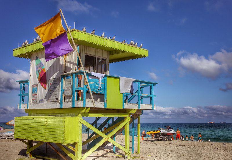 d474aea097 1st Street Lifeguard shack
