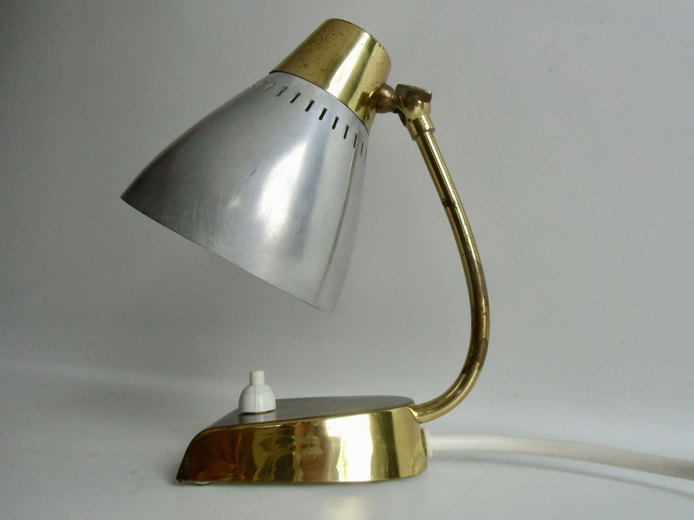 Tischlampe Aus Den 50er Jahren Vintage Nachttischlampe Metall Tischlampe Kleine Leuchte Wandlampe Mid Century In 2021 Lamp Table Lamp Desk Lamp