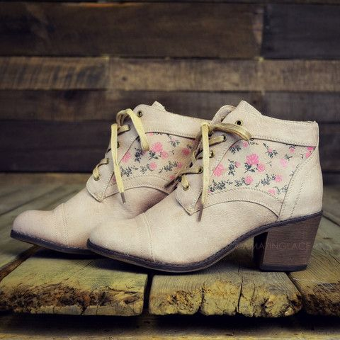 Cheyenne Fields Beige Floral Ankle Boots | Amazing Lace