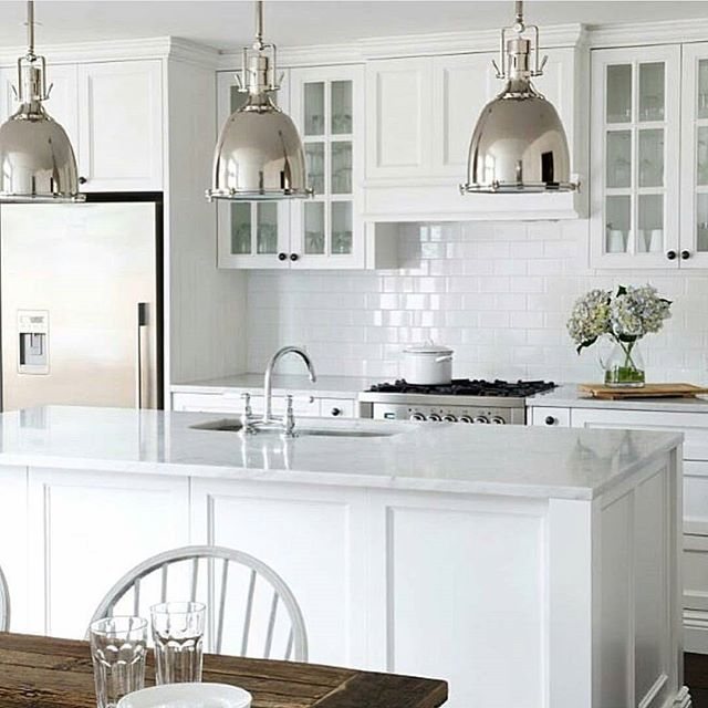 10 Beautiful White Beach House Kitchens: Final Choice Black Handles Colour Not Style White