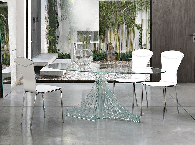 40 Glass Dining Room Tables To Revamp With: From Rectangle To Square ...