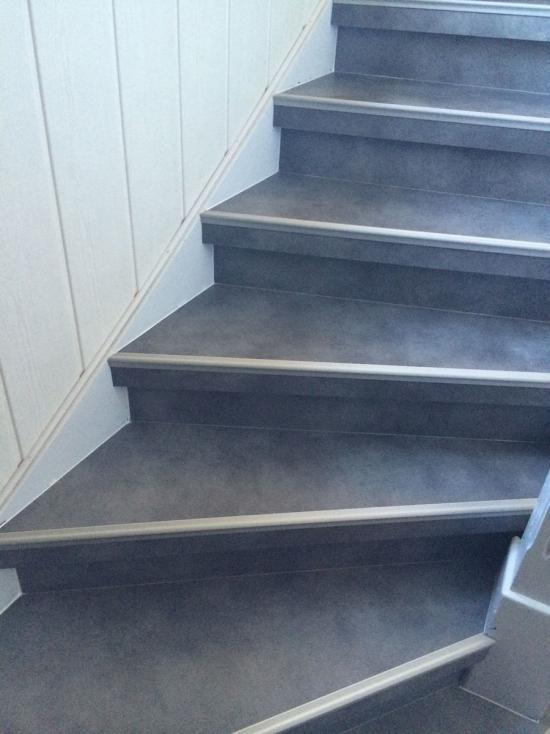 r novation par habillage d 39 un escalier bois 68310 wittelsheim stairs pinterest escalier. Black Bedroom Furniture Sets. Home Design Ideas
