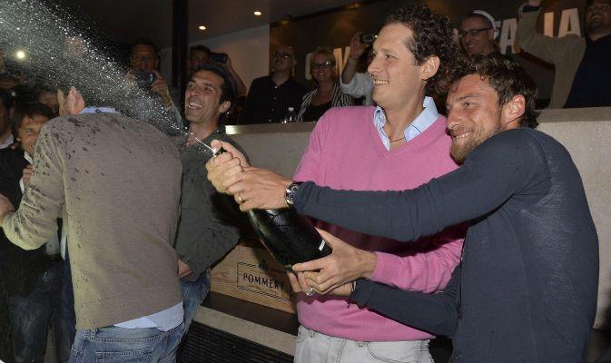La Juventus festeggia in discoteca la vittoria della stagione 2013 / 2014