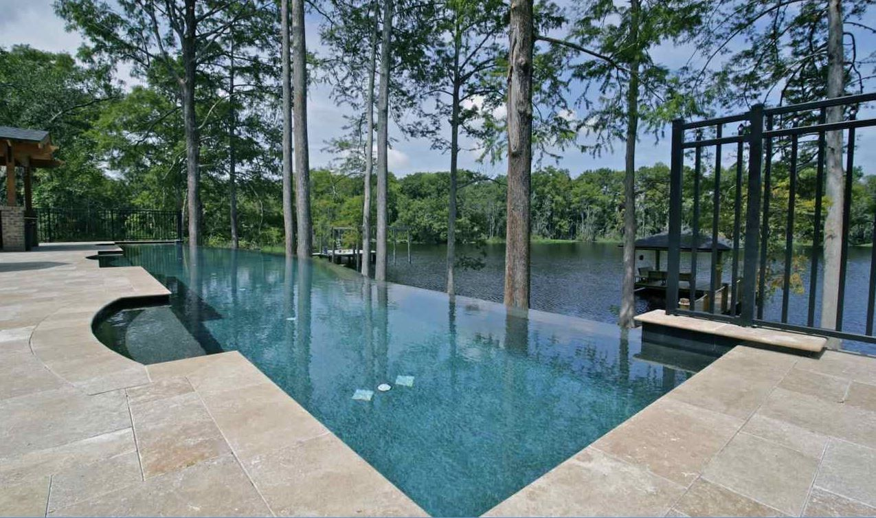 50+ Awesome Negative Edge Pool Ideas | Basin, Garden and Interiors