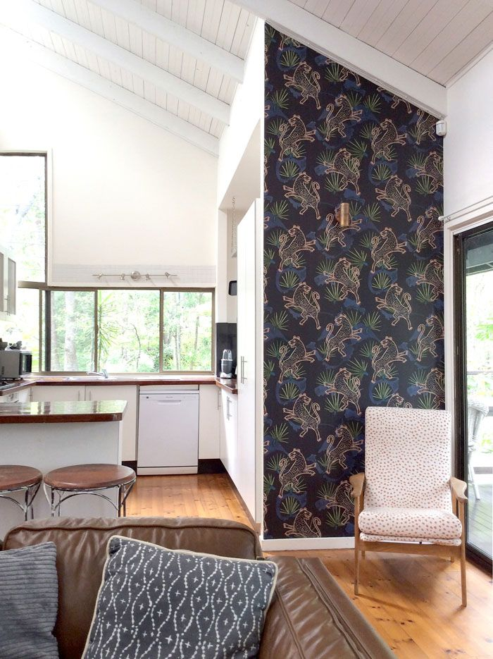 Tree Design Wallpaper Living Room: A Timber Pole Home Among The Eucalyptus Trees For A