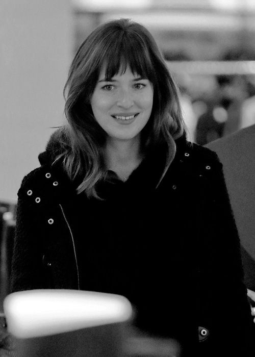 Dakota. beautiful smile.