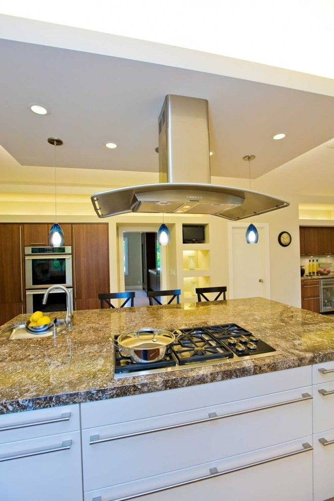 p>free standing range hood Kitchen Traditional with accent wall ...