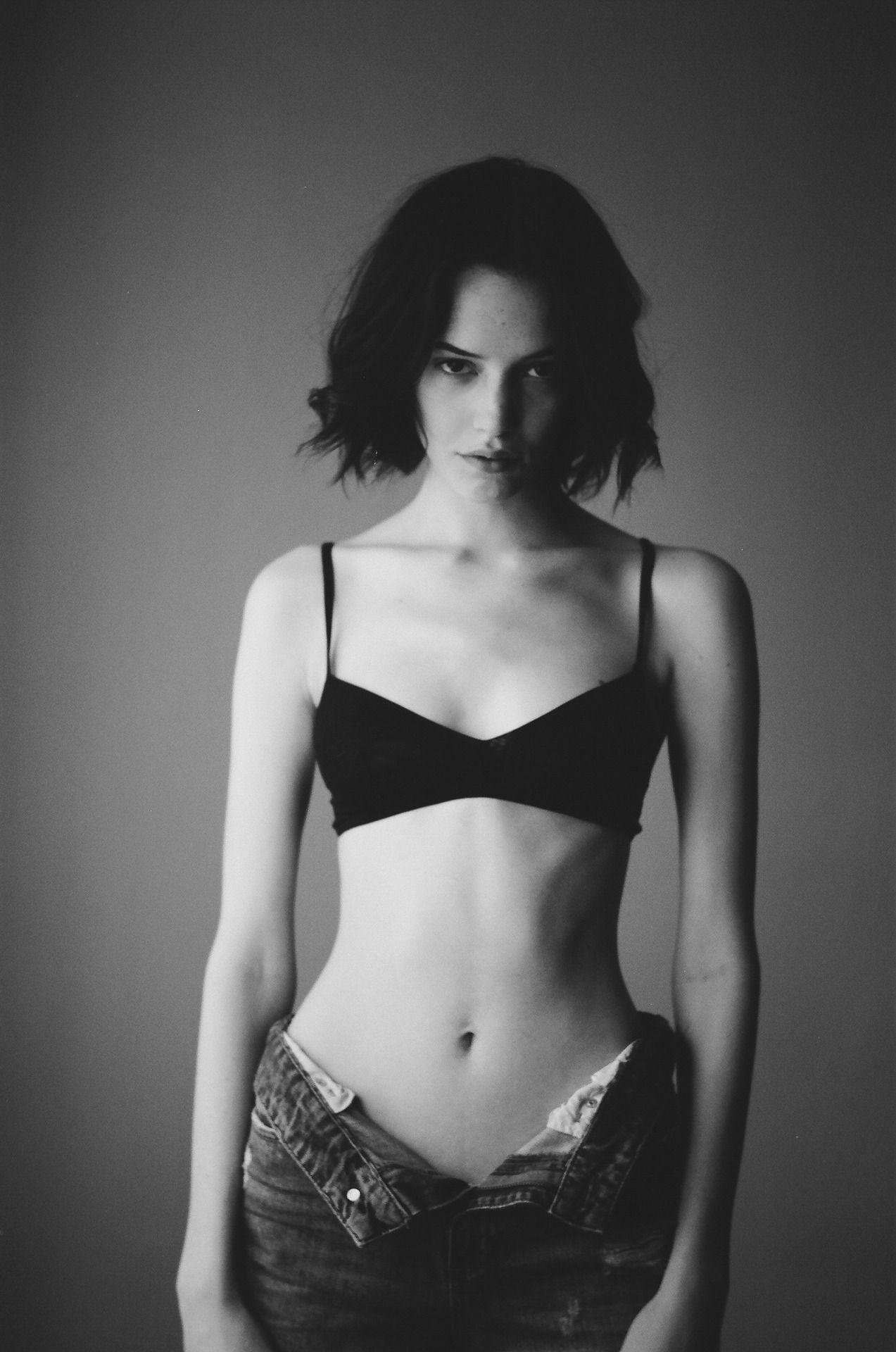 Instagram Photos Sylvie Colless naked photo 2017