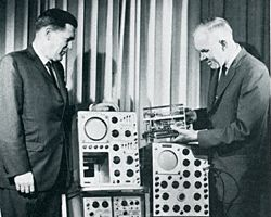 The Spirit of Tek. In 1946 the field of electronics was exploding. Radiomen Howard Vollum and Jack Murdock were home from the War and decided to start their own business. The company was Tektronix. The product? An indispensable piece of test equipment that engineers couldn't work without. In The Spirit of Tek you'll meet some of the people who built a unique company that changed the world.