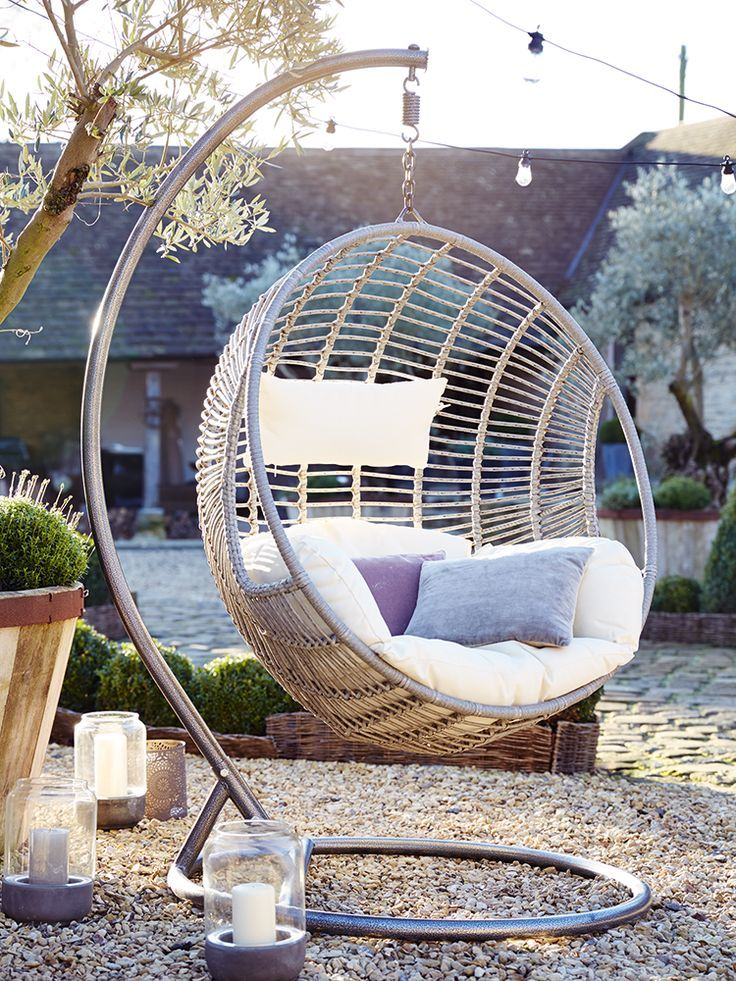 Hanging Egg Chair Enjoy A Peaceful Time Indoors And Outdoors With The Perfect
