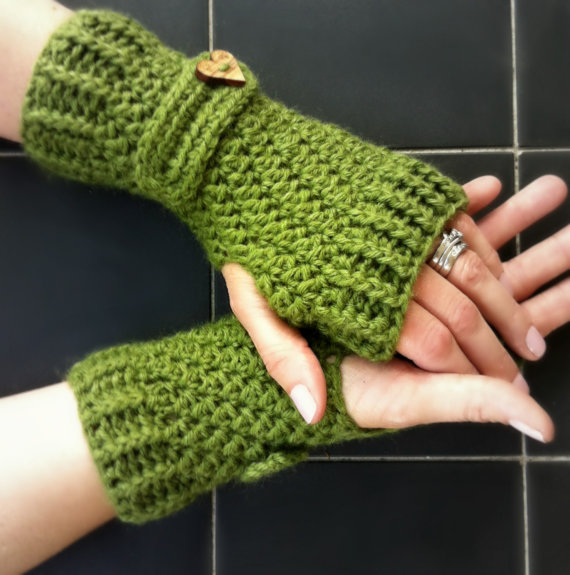 Crochet Glove Pattern No.914 Fingerless Gloves por bubnutPatterns ...