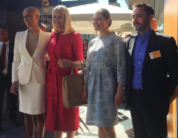 2016 - Princess Victoria and Princess Mette-Marit at Food Forum - dress by Mayla