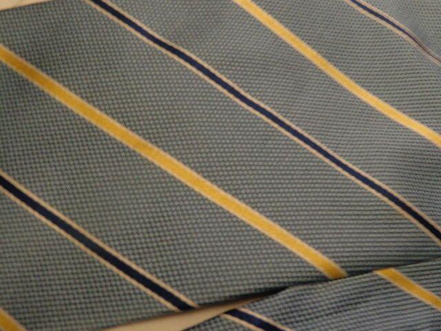 Oscar De La Renta Mens Tie, Blue with Navy/Gold Stripe, 100% Silk, EUC #OscardelaRenta #NeckTie