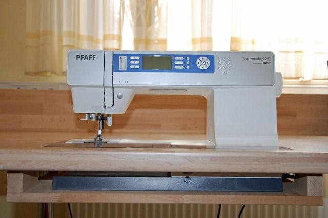 Build in Sewing Machine 2