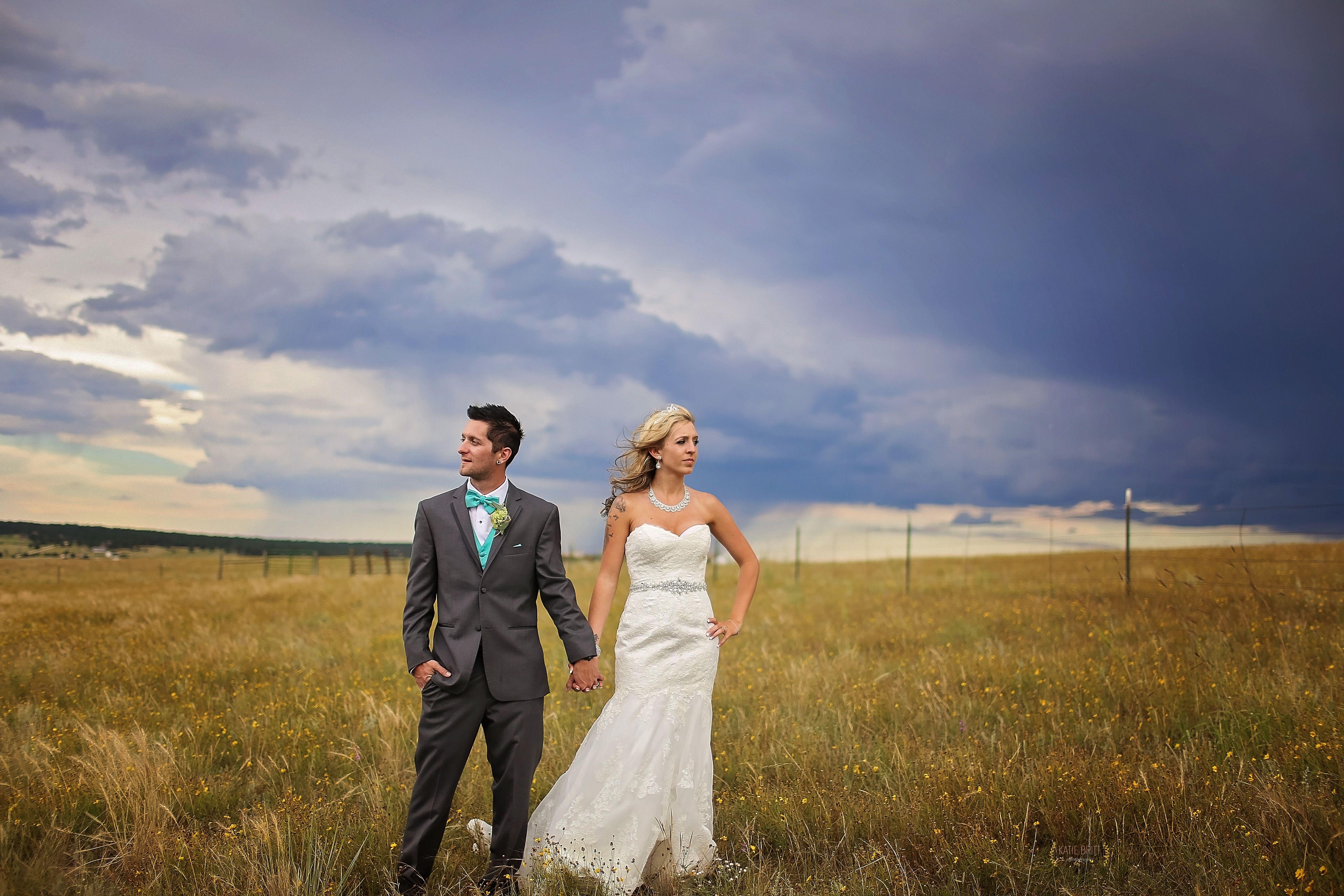 Wedding photography. bride and groom poses. Atlanta wedding photography. Katie Britt Photography. Bride and groom pictures. Athens Wedding Photographer. Athens Ga.