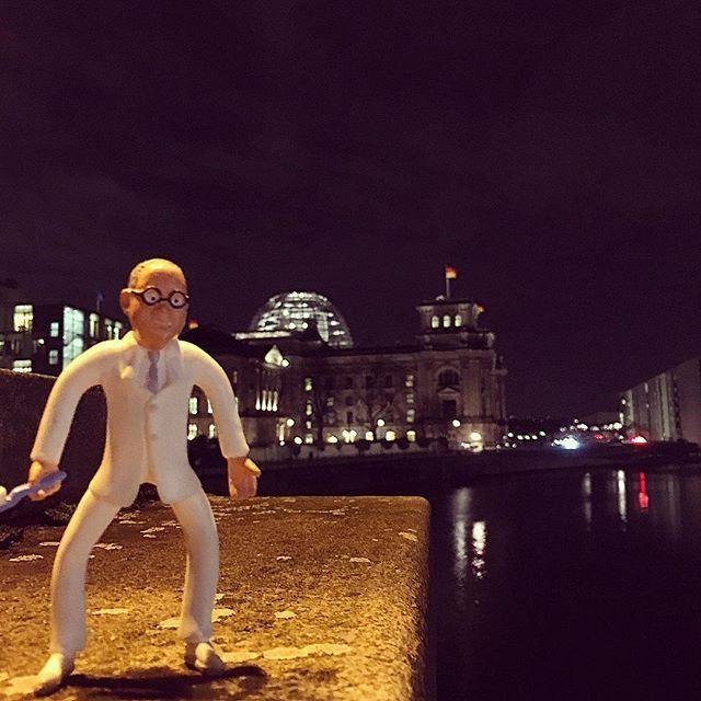 Jetzt geht's los. #Neujahrsempfang #bundeszahnärztekammer #BZÄK #Berlin #Reichstag #Capitalcity #Hauptstadt #Spree #Brücke #Bridge