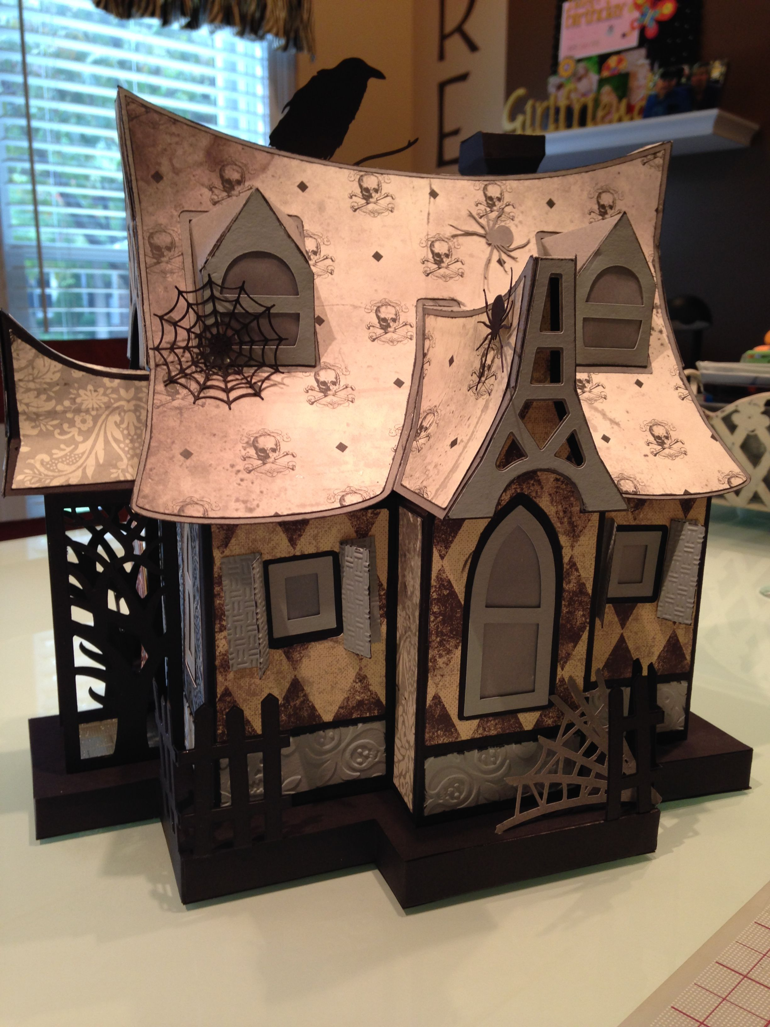 Side view Holiday diy projects, Halloween paper