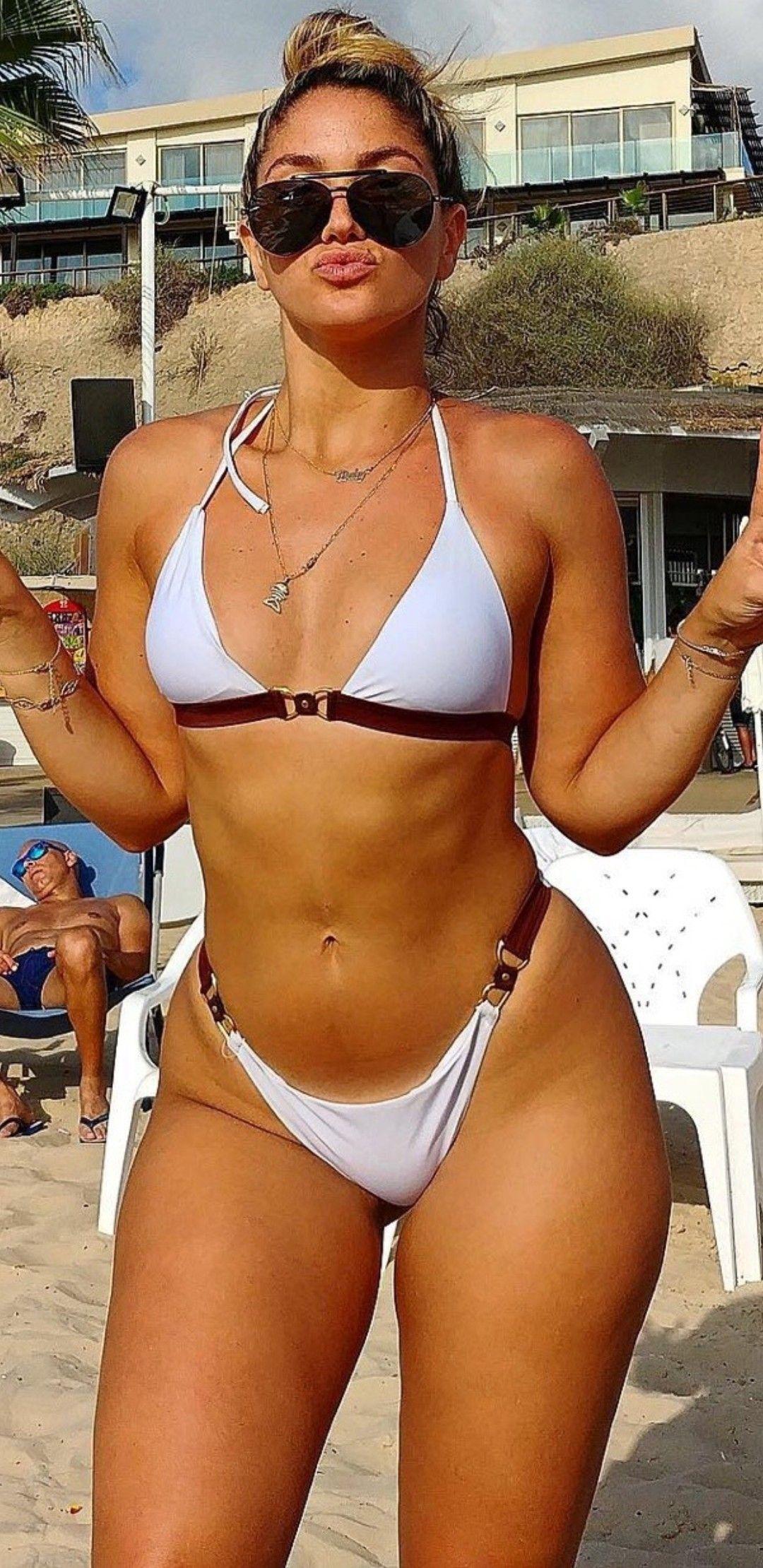 latina amateur bikini