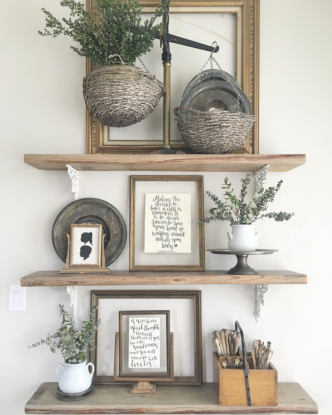 25 Awesome Traditional Dining Design Ideas: Decorating Open Shelving For Living Or Dining Room