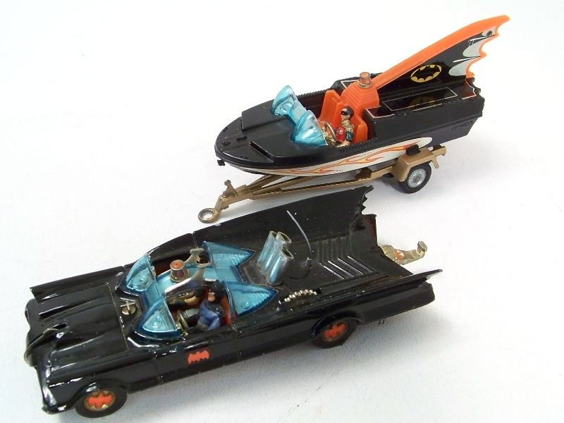 Lot vintage corgi diecast toy batman car boat set