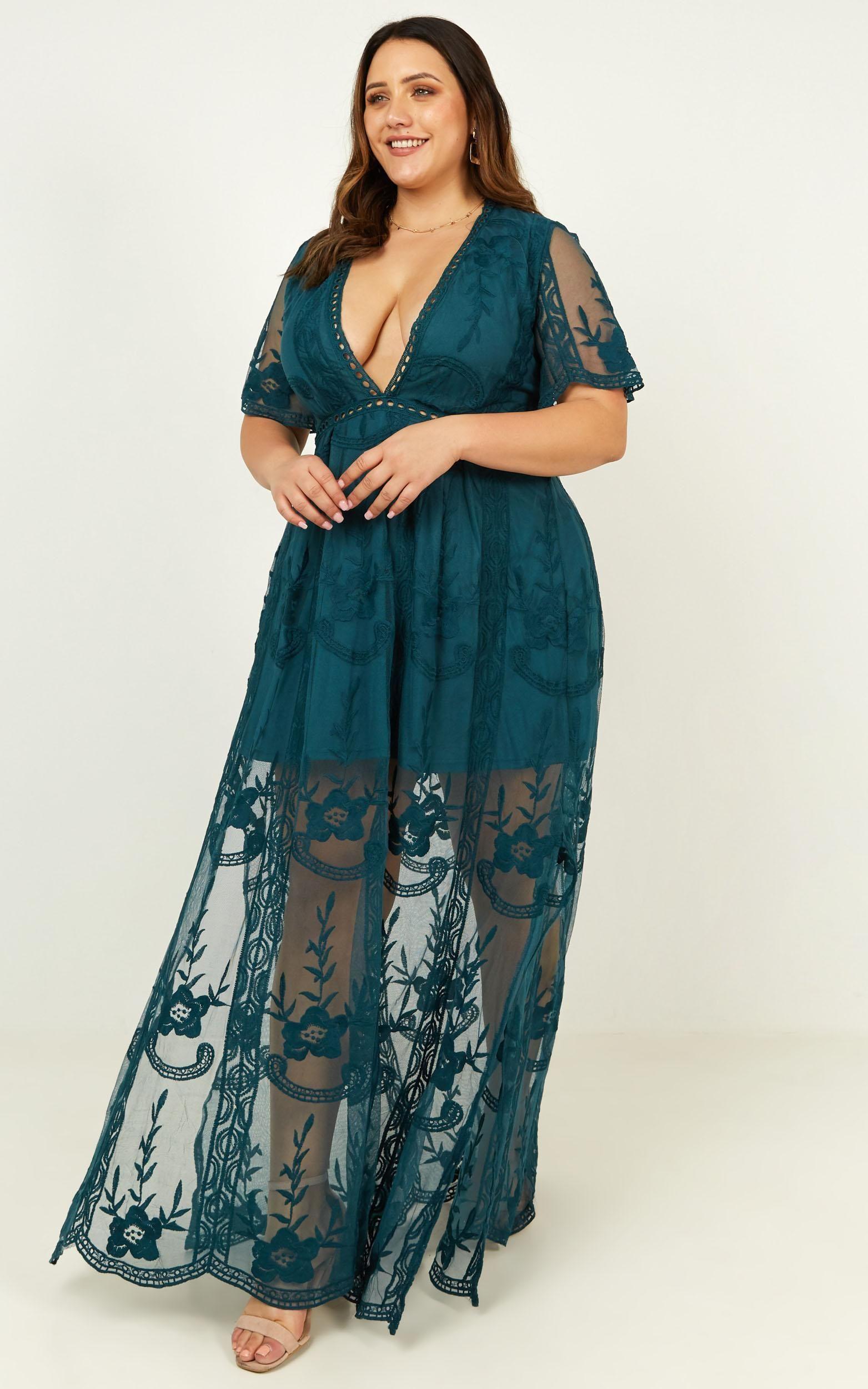 Love Spell Maxi Dress In Emerald Lace Showpo Maxi Dress Dresses Edwardian Dress [ 2500 x 1563 Pixel ]