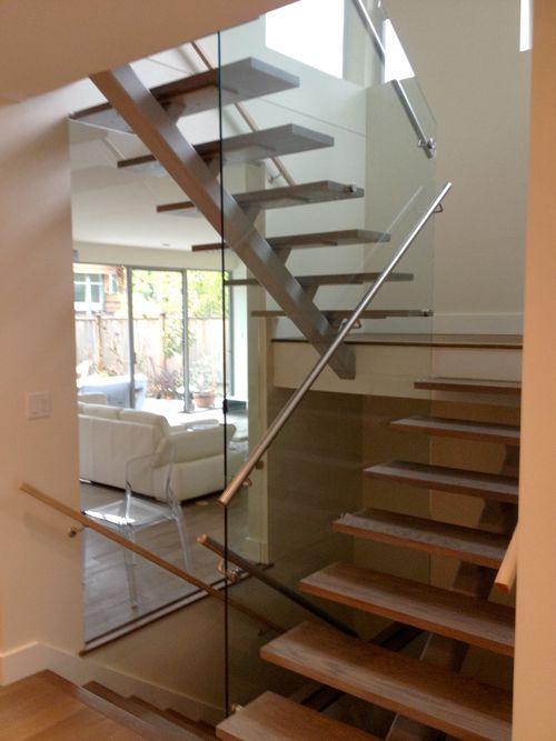 Best Single Steel Stringer Open Riser Prefab Stair Split 400 x 300