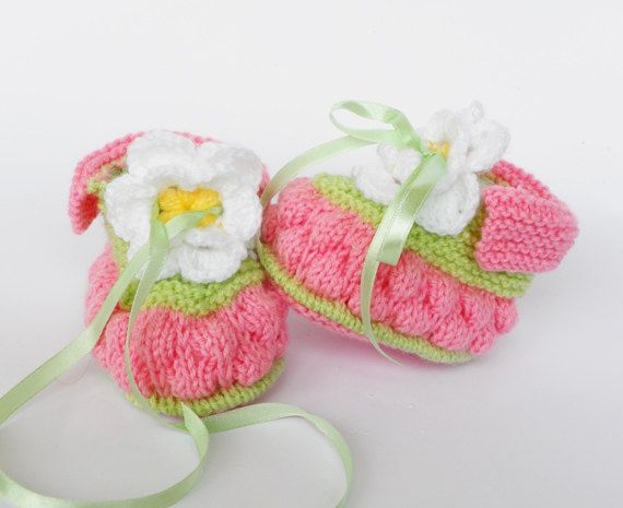 Knitted Baby booties Spring Blossom a baby di Svetlanababyknitting ...