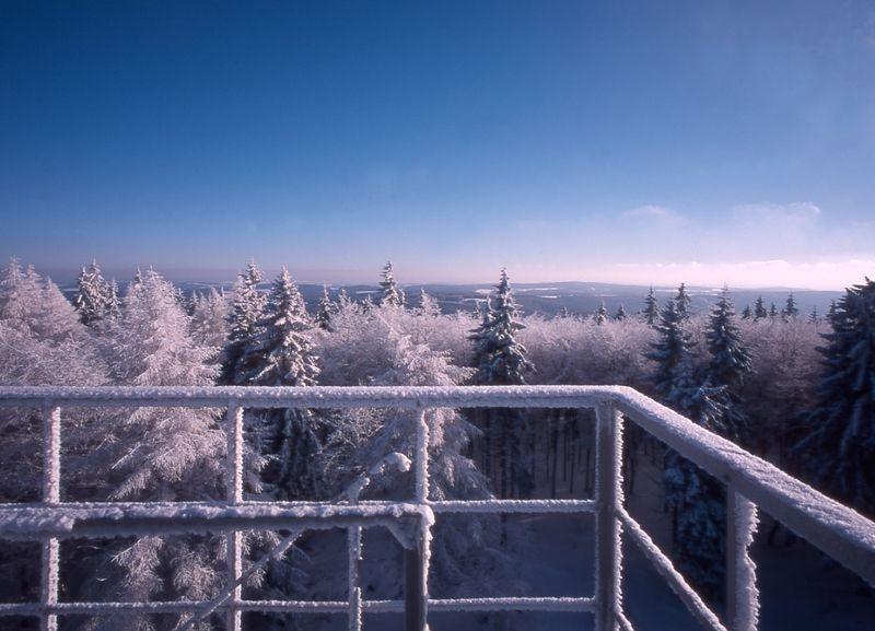 Der Prinz-Luitpold-Turm #BaySF #Staatsforsten #Erholung #Ausflug #Sehenswürdigkeiten #Spazieren #Wandern #Nordhalben #Schnee #Eis #Bayern