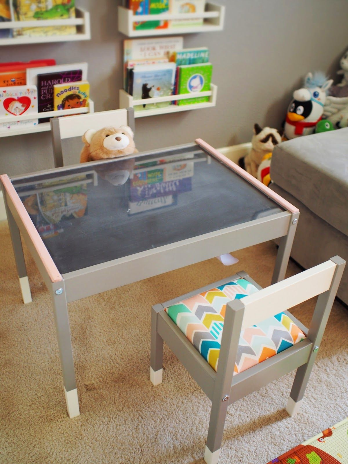 Ikea kids table and chairs - Chibitofu A S New Play Table An Ikea Latt Hack